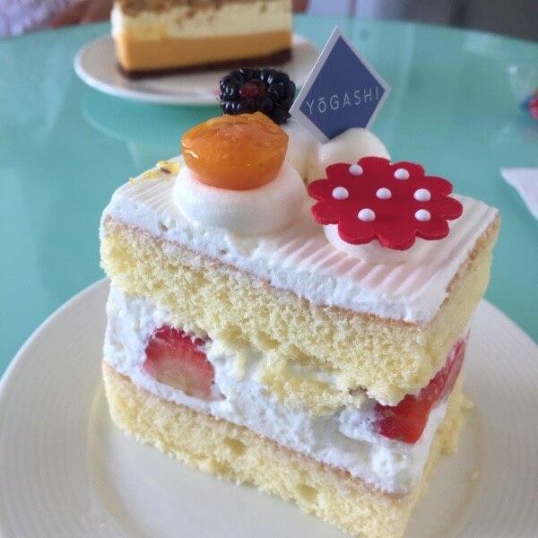 Yogashi cake